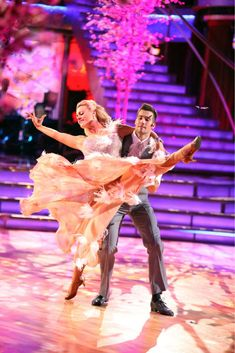 James Maslow and Peta Murgatroyd dance the Viennese Waltz on week 8 of 'Dancing With The Stars' on May 5, 2014.