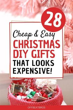 28 Cheap and Easy DIY Christmas Gift Ideas That Looks Expensive   1000 Diy Christmas Gifts For Friends, Inexpensive Christmas Gifts, Christmas Gift Baskets, Handmade Christmas Gifts, Simple Christmas Gifts, Christmas List Ideas, Homemade Gifts For Christmas, Office Christmas Gifts, Meaningful Christmas Gifts