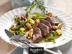 Rosmarin-Lamm mit Topinambur Beef, Alter, Recipes, Food, Gourmet, Feel Better, Food Portions, Meat, Rezepte