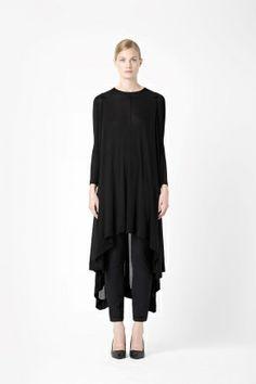 http://www.cosstores.com/de/Shop/Women/Dresses/Draped_jersey_dress/46881-8467714.1#c-24479