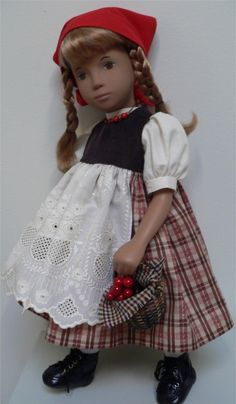 Berry picking ensemble by Chirnside Berry Picking, Sasha Doll, Smock Dress, Collector Dolls, Girl Dolls, American Girl, Couture, Doll Clothes, Smocked Dresses