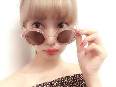 RT @RISA_DOLL: 今日は水着と浴衣の撮影でした もうとっくに衣装が夏だよね‥ 最近おきにいりのmiu miuのサングラス ピンクでラメなところにキュン キラキラがすきな気分です http://flip.it/czFBi
