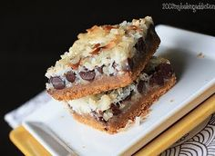 """Cookie Bars II Magic Cookie Bars II I """"Super easy (no flour, eggs, or sugar needed) - Just pile on ingredients and bake.""""Magic Cookie Bars II I """"Super easy (no flour, eggs, or sugar needed) - Just pile on ingredients and bake. Yummy Cookies, Yummy Treats, Sweet Treats, Bar Cookies, Milk Cookies, Just Desserts, Delicious Desserts, Yummy Food, Dessert Healthy"""