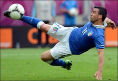 Italy and Croatia draw and Spain hammer Republic Of Ireland at Euro 2012 on June Football Latest, Laws Of The Game, I Love The World, Euro 2012, Soccer Match, Thing 1, National Football Teams, European Championships, Republic Of Ireland