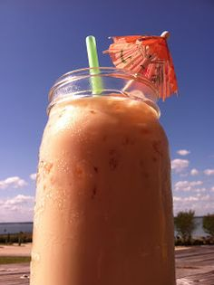 A tip from our Hebridean friends- Easy Iced Chai Tea Latte Recipe ~ uses Sweet Cream. One can of Sweetened Condensed Milk mixed with One can of Evaporated Milk = Sweet Cream. Refreshing Drinks, Fun Drinks, Yummy Drinks, Beverages, Cold Drinks, Yummy Food, Iced Chai Tea Latte, Iced Tea, Iced Coffee