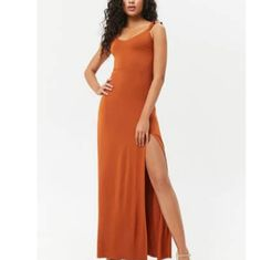 Shop Women's Forever 21 Orange size S Maxi at a discounted price at Poshmark. Description: Rust orange maxi dress with slit never worn. Burnt Orange Bridesmaid Dresses, Burnt Orange Dress, Rust Orange, Maxi Dress With Slit, Forever 21 Dresses, Personal Style, Formal Dresses, How To Wear, Fashion