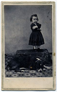Vintage photo, Hattie and her dog Vintage Children Photos, Vintage Pictures, Old Pictures, Vintage Images, Antique Photos, Vintage Photographs, Polaroid, Little Girl Names, Tier Fotos