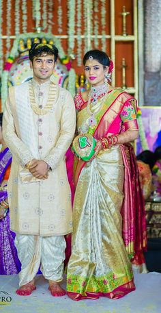 South Indian Bride Groom Hindu Wedding Reception Dress For Groom Couple Wedding Dress, Wedding Outfits For Groom, Groom Wedding Dress, Indian Wedding Couple, Wedding Bands, Wedding Attire, Wedding Poses, Wedding Suits, Wedding Bridesmaids