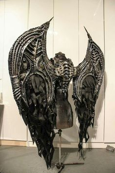 Creative Costumes * Unique Intuitions - Behemoth Gothic Steampunk Cosplay Wings by Toxic Vision Steampunk Cosplay, Gothic Steampunk, Moda Steampunk, Style Steampunk, Steampunk Fashion, Steampunk Wings, Steampunk Clothing, Fashion Goth, Latex Fashion