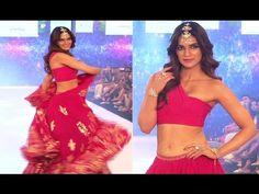 Kriti Sanon looks GORGEOUS on ramp at India Beach Fashion Week 2017. Beach Fashion, Looking Gorgeous, Two Piece Skirt Set, India, Skirts, Youtube, Dresses, Beach Style Fashion, Gowns