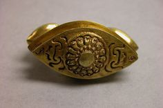 "Ring with Almond-Shaped Bezel with ""Sri"" Inscription, Central Javanese Period, Indonesia 