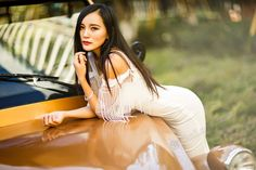 """Hello my name is Flora. I'm 25 years old and from kunming/Yunnan China  Year of Birth:1991  Zodiac:Aries  Weight:115 lbs (52kg)  Height:5'8"""" (172cm)  Smokes: Nonsmoker  Drinks:Never  English:Learning  Religion:None  Education:Bachelor  Have Children:No  Profession:Teacher  Marital Status:Never Married  About myself and my ideal match:  I like mature old man maturity and charming of the man give me a feeling of my father: peace and stalwart. I just have a special feeling about old man. when I…"""