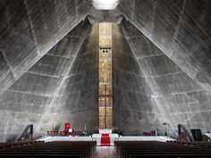 Photographs of St. Mary's Cathedral in Tokyo Japan by Jonathan Savoie Architect Kenzo Tange Tadao Ando, Temple Architecture, Religious Architecture, Architecture Details, Kenzo Tange, Osaka, Temples, Architecture Religieuse, Brutalist Buildings