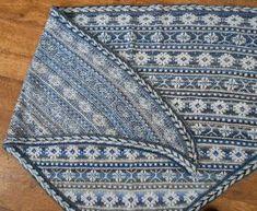 Het breien van sjaals en sokken is voor mij een ontspannende bezigheid, vaak is de toekomstige eigenaar dan ook nog niet bekend als ik ...