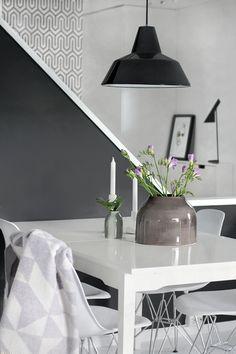 Purple, flowers, dining area, living room