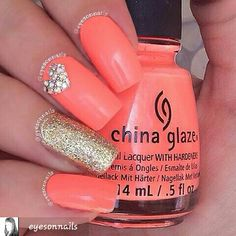 #chinaglaze flip flop fantasy #nails by #eyesonnails #nailsofinstagram #prettynails #neonnails #orangepolish #chinaglazeofficial #chinaglazepolish #nailpolish #mainstreampolish #nailpolish #polish #polishednails