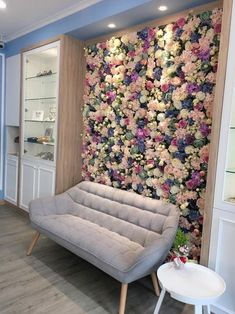 Spa Room Decor, Beauty Room Decor, Beauty Salon Decor, Living Room Decor, Bedroom Decor, Home Decor, Beauty Salon Interior, Flower Room Decor, Bridal Room Decor