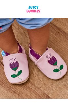 Baby Shoes Tulips By Juicy Bumbles Best Toddler Shoes, Toddler Girl Boots, Best Baby Shoes, Cute Baby Shoes, Toddler Girl Style, Baby Boy Shoes, Toddler Girl Outfits, Toddler Fashion, Toddler Girls