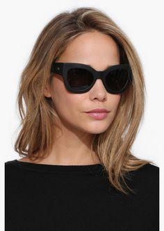 Nala Quay Sunglasses in Black