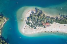 Fethiye - pearl of turquoise coast Turkey Lonely Planet, Beautiful World, Beautiful Images, Vacation Workout, Cedar Forest, Sunken City, Hotels In Turkey, Station Balnéaire, Top Destinations