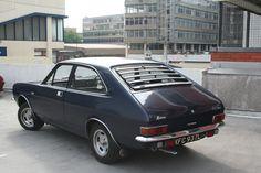 Eamonn's 1972 Morris Marina