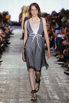 New York Fashion Week 2016: Alexander Wang reinventa el 'athleisure' - Foto 1 de 85 | Nueva York Fashion Week | EL MUNDO