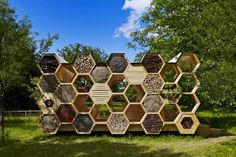 K-Abeilles Hotel for Bees-AtelierD « Inhabitat – Green Design, Innovation, Architecture, Green Building Bee Hive Plans, Wild Bees, Bug Hotel, Mason Bees, Bee House, Bee Keeping, Habitats, Gardening, Green Building