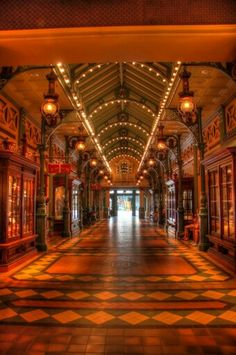Arcade | Mainstreet USA | Disneyland Paris