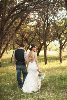 ee photography - dallas wedding photographer - ee photography blog | dallas wedding photographer looking at wedding photographers and came across a friend's wedding pic...how funny!