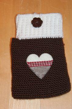 Handmade by Alpenkatzen Beanie, Handmade, Knitting And Crocheting, Heart, Nice Asses, Hand Made, Craft, Beanies, Beret
