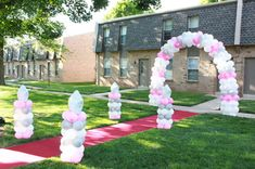 Prom send off Prom Balloons, Prom Decor, Prom 2016, Balloon Arch, Balloon Decorations, Event Planning, Graduation, Prom Ideas, Jada