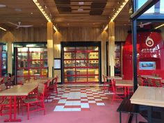 Red Oven Pizza Bakery In Universal Citywalk Orlando Pictures Reviews And Information About