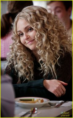 carrie diaries  Would kill for this hair! I love the show and her hair!