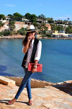 #fashion #fashionista Silvia blu bianco jeans Photobucket