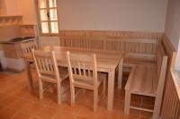 Lavice, židle a stoly - Jídelní stůl, lavice a židle - jasan masív + smrkový obklad stěny
