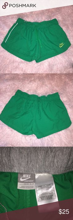 Nike Shorts Great condition Nike Shorts with pockets! Nike Shorts
