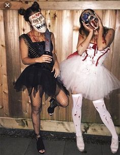 Awesome Halloween Costume Ideas for Bestfriends Halloween Outfits For Women, Best Friend Halloween Costumes, Halloween Costumes Women Scary, Halloween Ideas, Group Halloween, Halloween Party Costumes, Costume D'halloween Fille, Halloween Kleidung, Costume Ideas