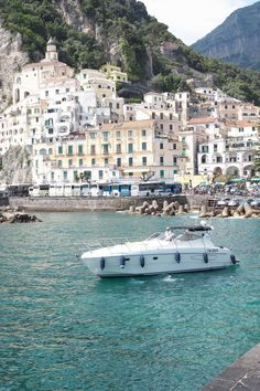 Char and the city - Mediterranean cruise with Celebrity Cruises, Celebrity Equinox, Amalfi Coast, Sorrento and Amalfi - read more on the blog