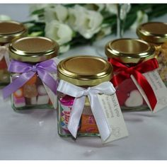 Wedding Favour Mini Glass Jars with Message Tag - A perfect wedding favour Wedding Favour Sweet Jars, Wedding Favours Bottles, Wedding Favour Sweets, Unique Wedding Favors, Wedding Ideas, Wedding Stuff, Glass Sweet Jars, Glass Jars, Wedding Planning Tips