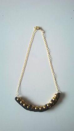 collier jersey perles (Isnata)