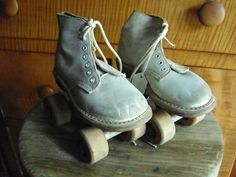 vintage children's roller skates | cucumber patch