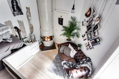 I'm a big fan of studio apartments. This cool tiny studio apartment in industrial style is one of my favourites