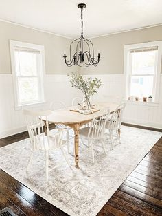 Dining Room Rug Ideas: Elegant Washed Rug Stylish Dining Room Rug Ideas to Beautify Your Dining Area Farmhouse Dining Room Rug, Area Rug Dining Room, Rugs In Living Room, Small Dining Rooms, White Dining Room Furniture, White Dining Room Table, Small Living Room Design, Dining Room Design, Behr