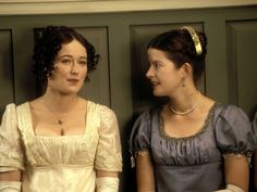Jennifer Ehle as Elizabeth Bennet and Lucy Scott as Charlotte Lucas in Pride and Prejudice (TV Mini-Series, 1995).