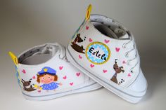 Zapatillas pintadas a mano hand painted shoes www.sweetlittleshoes.coom