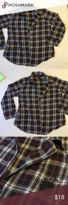 RL Plaid Cotton PJ Top Gently worn, in great condition! Super soft Lauren by Ralph Lauren Plaid Pajama top. Open pocket with brand logo on Left side. 3/4 sleeves. Lauren Ralph Lauren Tops