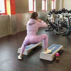 The Full-Body Workout For Extreme Fitness! The Full-Body Workout For Bum Workout, Step Workout, Workout Partner, Workout Women, Workout Challenge, Bora Malhar, Leg Routine, Friday Workout, Thigh Exercises