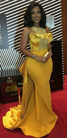 Plus Size Sexy Mermaid 2018 Joselyn Dumas Prom Dresses African Scoop Crystal Beaded Satin Celebrity Dresses Women Yellow Evening Gowns African Prom Dresses, African Wedding Dress, Latest African Fashion Dresses, African Print Fashion, African Dress, African Weddings, Yellow Evening Gown, Cheap Evening Dresses, Black Evening Dresses