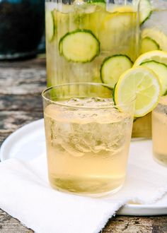 Cocktail Recipe: Cucumber, Ginger & Prosecco Sangria — Farmers Market Sangrias #recipes #food #kitchen