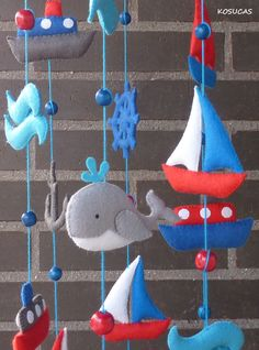 Felt mobile with ships and whales. Foam Crafts, Baby Crafts, Diy And Crafts, Diy Bebe, Felt Mobile, Techniques Couture, Baby Sewing Projects, Baby Crib Mobile, Hanging Mobile